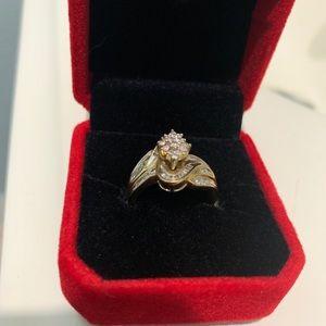 10k diamond gold ring